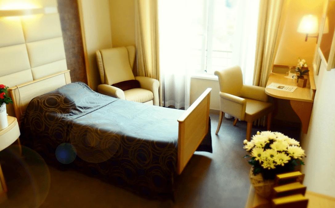 Investir dans une chambre EHPAD : les avantages