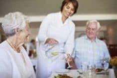 Les différentes offres pour les personnes âgées dépendantes
