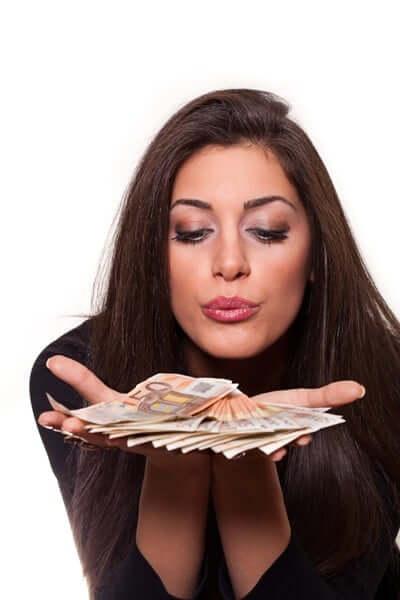 Les Subventions pour femmes créant leurs propres entreprises